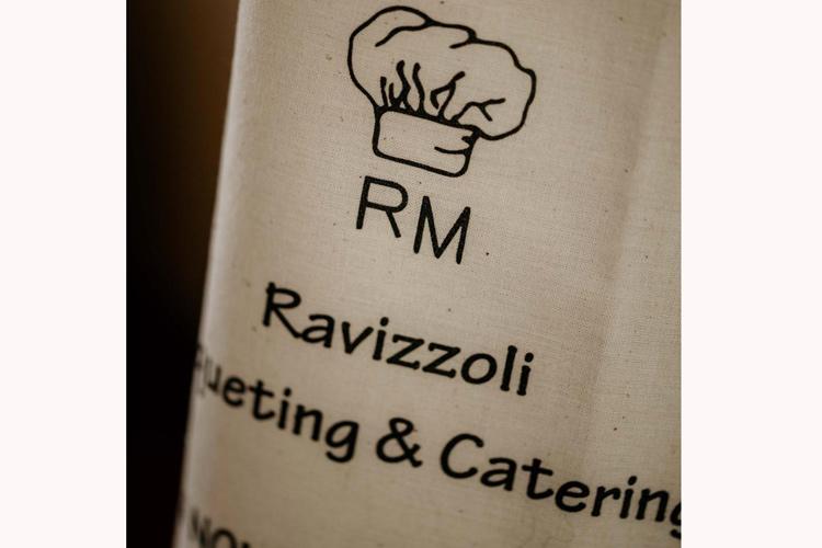 Ravizzoli-grembiule.jpg