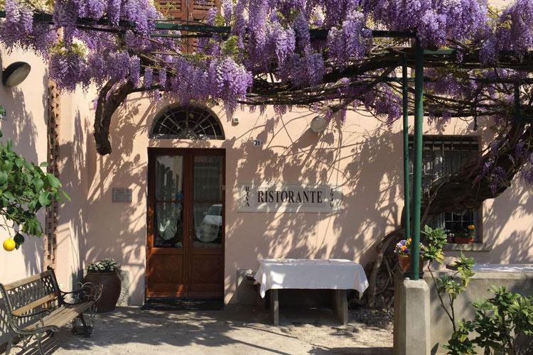 ingresso-ristorante-glicini.jpg