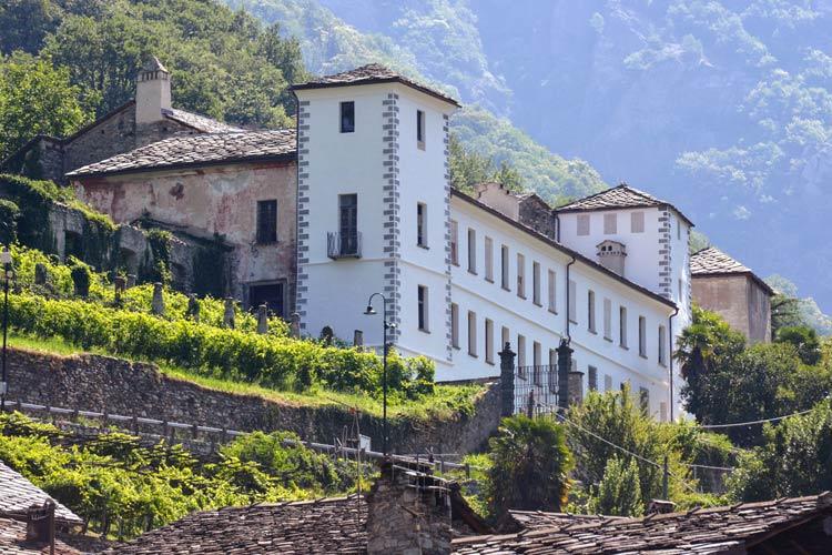 A-Castello-Valleise-Arnad-(foto-Diego-Pallu)-4-(1).jpg