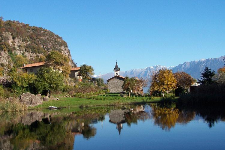 lago-moro-chiesa.jpg