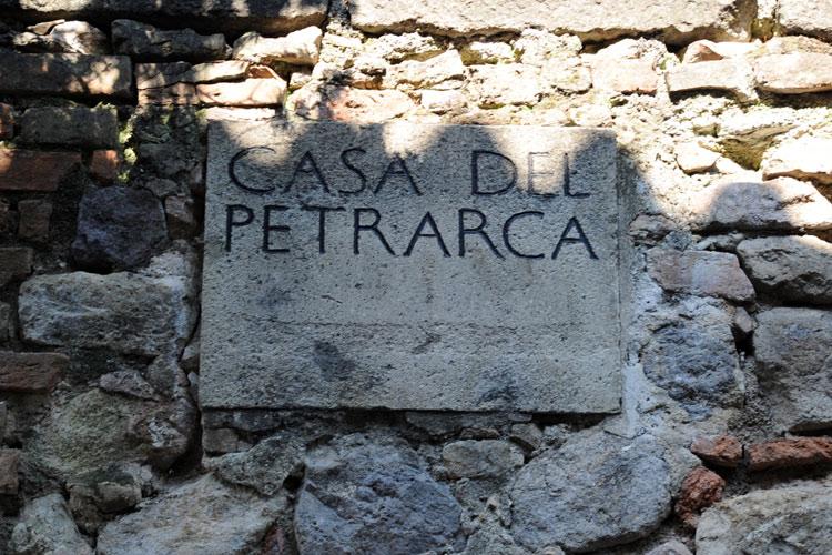 Casa-del-Petrarca.jpg