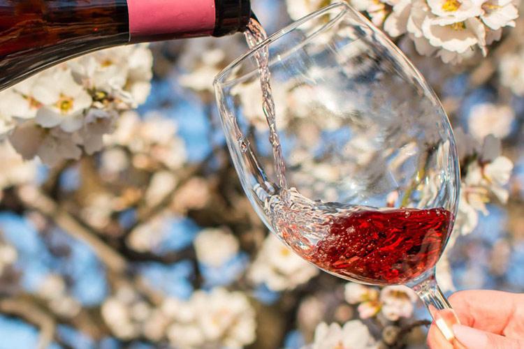 bicchiere-rosso.jpg